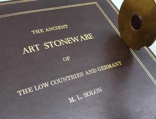 Bibliophiler Einband aus Leder – Handvergoldet mit Linienrolle und Motivstempel